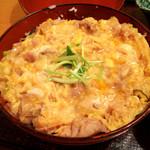 鳥茶屋 - 親子丼 980円アップ