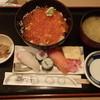 ふじ鮨 - 料理写真:シャケいくら丼セット 1,080円