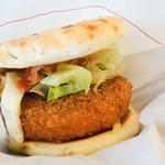 モスバーガー - 料理写真:海老カツフォカッチャ 蟹のスイートチリソース