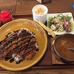47714452 - 山形米澤豚のカツカレー 1,380円