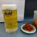 ぼっけゑラーメン - 生ビール:500円、キムチ:無料