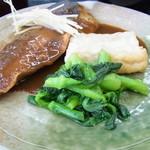 青海食堂 - 揚げだし豆腐に青菜も