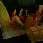 ミツバチ - 太陽をたっぷり浴びた野菜のバーニャカウダ~特製アンチョビソース〜1,080円
