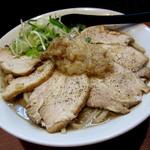 ラーメン 肉を喰らえ!! - 肉盛りラーメン¥680円