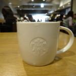 スターバックス・コーヒー - ドリップコーヒーをマグカップで