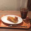 ミカサ カフェ - 料理写真:ケーキセット(アップルパイ/アイスコーヒー)