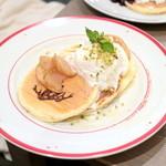47860753 - りんごとピスタチオのハニーパンケーキ (920円) '15 10月下旬