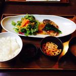 伊右衛門サロン - 鰆のオーブン焼き ¥950