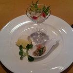 キャノン - 料理写真:蛸のカルパッチョ、秋田小町のサラダ、ターメリックと白身魚のパテ