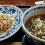 知味笑龍 深澤ラーメン - 料理写真:ミニ炒飯とミニ深澤ラーメン