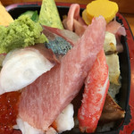 寿司処やぐら - 自慢のトロが厚切りでドン!