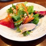 47968777 - 前菜のサラダ
