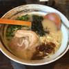 鶏そばや 竜神洞 - 料理写真:「鶏そば(細麺)」700円
