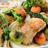 レストラン ギャラリー - 料理写真:【スプリングフェスタ】骨付き鶏もも肉のソテー、春野菜と粒マスタードソース