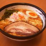 濃厚ラーメン じゅん - 料理写真:トマみそラーメン