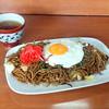 きっかぶ - 料理写真:やきそば(500円)+サービス目玉焼