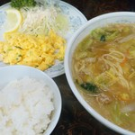 新華苑 - 料理写真:2月29日の日替り定食、味噌ラーメン+カニ玉子焼き+小ライスで850円