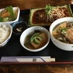 ガーデンレストラン・シギラ - そば定食(ステーキ) 1200円