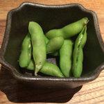 佐五右衛門 - お通しの燻製茶豆
