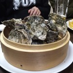 カキ小屋フィーバー - 蒸し牡蠣❣️