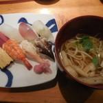寿し あおやま - 寿司ランチ(にぎり) 950円