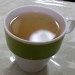 線條手打餃子専門店 - 特製ブレンド茶