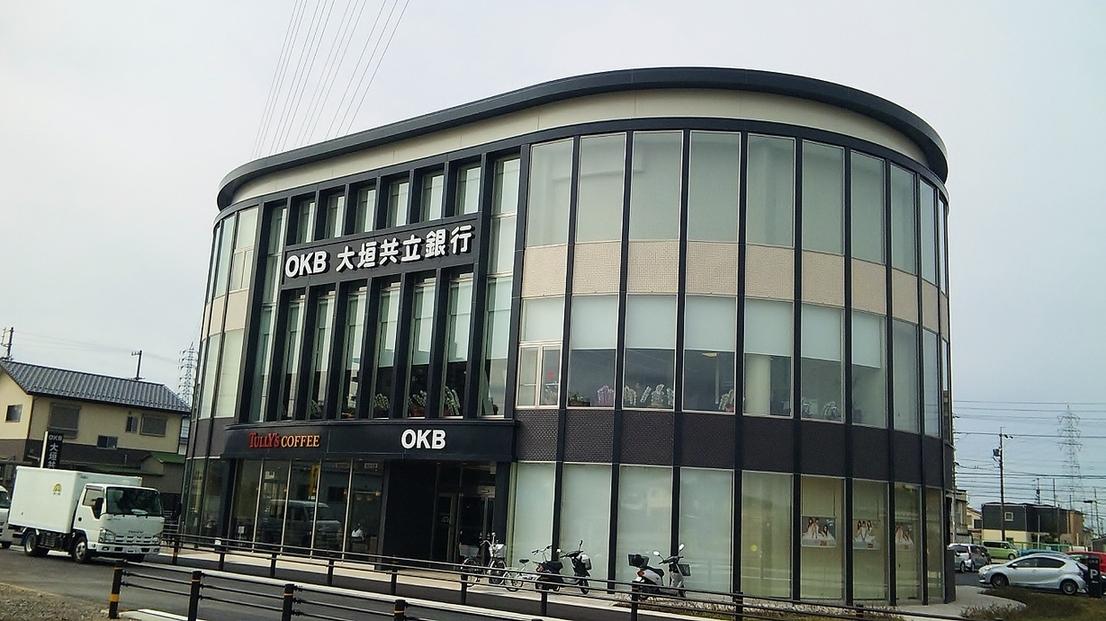 タリーズコーヒー OKB田県店