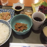 HATSUMOMIJI - くじら刺身定食