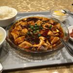 48277953 - お昼の定食 麻婆豆腐