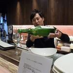 Dining TABI - まずは28番の酒。埼玉産「琵琶のさざ波 大辛口」
