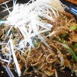 銀月 - 銀月 担々麺のスタイルに近い担々やきそば