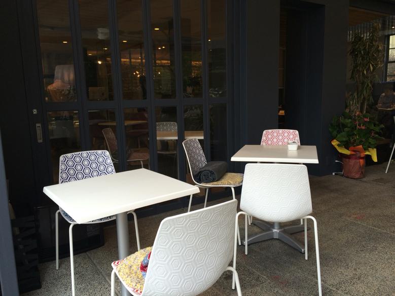 リアルダイニングカフェ ガーデン 芦屋店