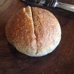 ボーシュマン - 自家製パン