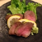 喜輪 - エゾ鹿肉のタタキ500円