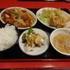 大河 - 料理写真:酢豚定食950円(税込)