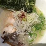 丸鶏 白湯ラーメン 花島商店 - 濃厚鶏白湯ラーメン☆