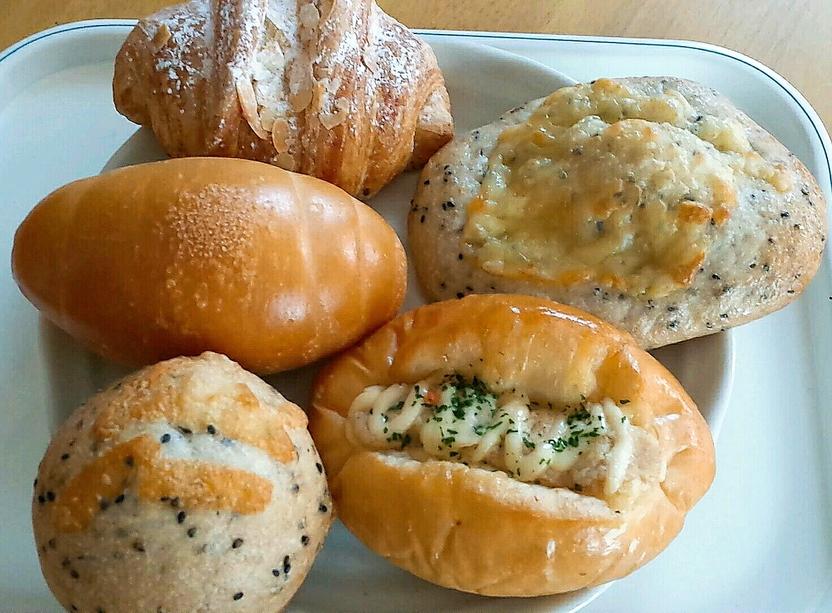 トルタロッソ製パン