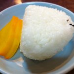 4843444 - ちょっと米を。もっちもちのおにぎり。餅米入りか?
