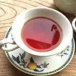 ダウラ - ルフナ  2杯目の水色