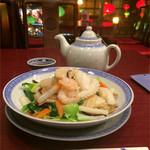 東栄酒家 - 三鮮炒麺