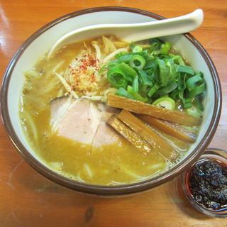 麺屋 高橋 - 料理写真:みそらーめん+シビレる辛味