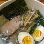 らーめん桃源 - しお、極細麺、煮玉子付き
