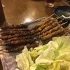 博多とりかわ大臣住吉5丁目串房 - 料理写真:先ずはとり皮タレと塩を1人2本づつ^^;