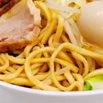 承太郎 - 麺は太いが食べやすいです。
