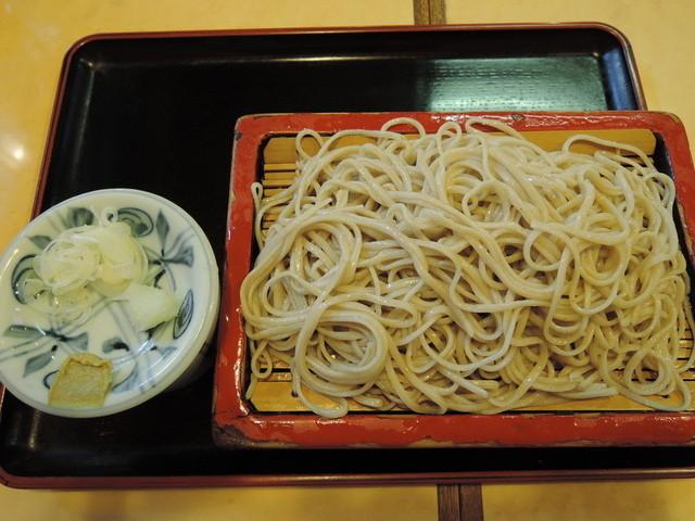 https://tabelog.ssl.k-img.com/restaurant/images/Rvw/48536/640x640_rect_48536783.jpg