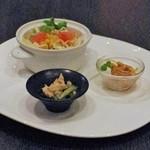 中国料理 桃翠 - サラダと酢豚に付く前菜