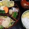 割烹 住よし - 料理写真:欲張り丼1600円