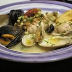 48566153 - 本日の魚料理=スズキ、浅利、蛤