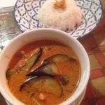 オリエンタル デリ - 豚肉とナスのレッドカレー