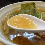 48605749 - 黄金色のスープがまろやかで美味しい~